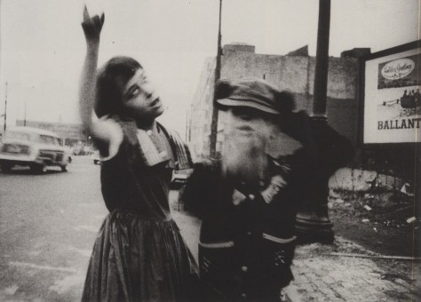 William Klein. Streets dancing (NY, ca. 1954)