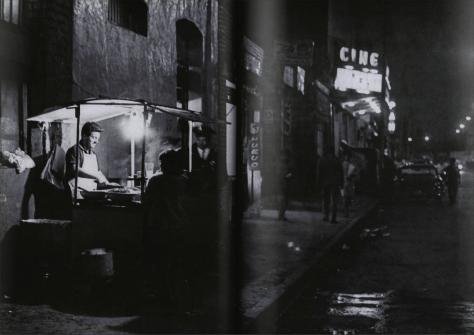 Héctor García. Avenida Bucareli (Ciudad de México, 1967)
