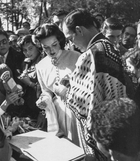 Héctor García. Boda de María Félix y Jorge Negrete (Ciudad de México, 1952)