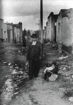Héctor García. Del reportaje sobre la vida de un ferrocarrilero (Ciudad de México, ca. 1950)