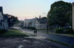 gregory_crewdson_beneath_the_roses_9