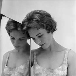 cecil_beaton_julie_andrews_1