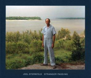 joel_sternfeld_stranger_passing_1