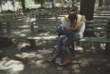 Suzanne y Philippe en una banca. Tompkins Square Park. New York City. 1983