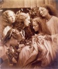 Julia_Margaret_Cameron_oenf__44The_Rose_bud_garden_of_girls_by_Julia_Margaret_Cameron2