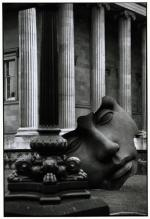 GREAT BRITAIN. 1995. London. British Museum.Elliott Erwitt
