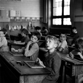 Information Scolaire, Paris 1956 Robert Doisneau