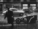 Sabine Weiss Paris 1957