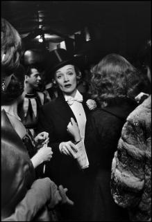 USA. New York, New York. 1959. Marlene DIETRICH at the April in Paris Ball at the Waldorf Astoria Hotel.Elliott Erwitt