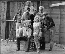 """USA. Reno, Nevada. 1960. Film set de """"The Misfits"""" por John HUSTON, con Marilyn MONROE, Clark GABLE. Foto por Elliott Erwitt"""