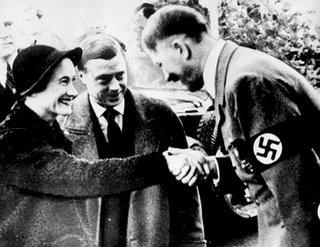 Los duques de Windsor con Adolf Hitler