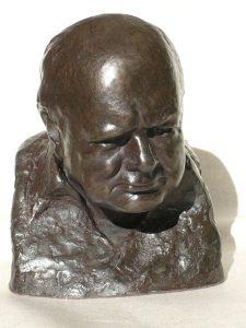 ONC932 - Classic Churchill Bust (Dark Resin)