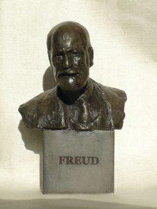 ONF922 - Dark Resin Freud Bust