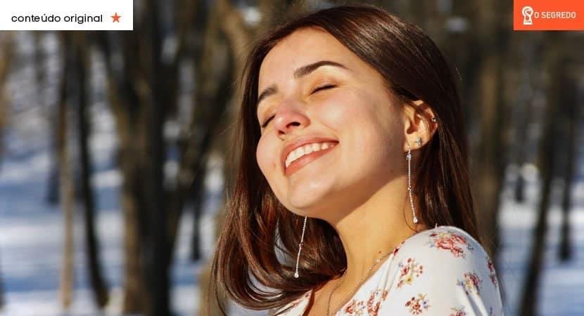Uma pessoa de luz é sorridente, generosa e emana energia positiva por onde passa