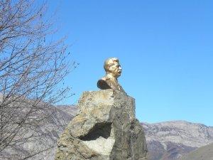 Памятник Сталину