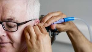 xmicrosuction-earwax-removal.jpg.pagespeed.ic.DFA2qTzhaG
