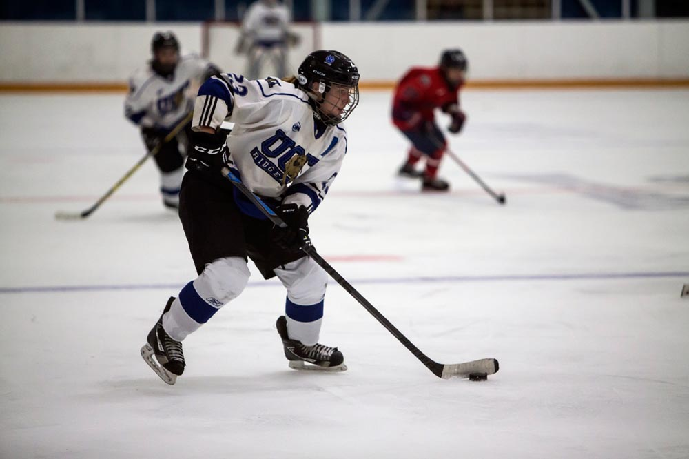 The UOIT women's hockey team is set to start its regular season this weekend when they face off against York on Oct. 15 before returning home on Oct. 16 for the club's homeopener against the Nipissing Lakers.