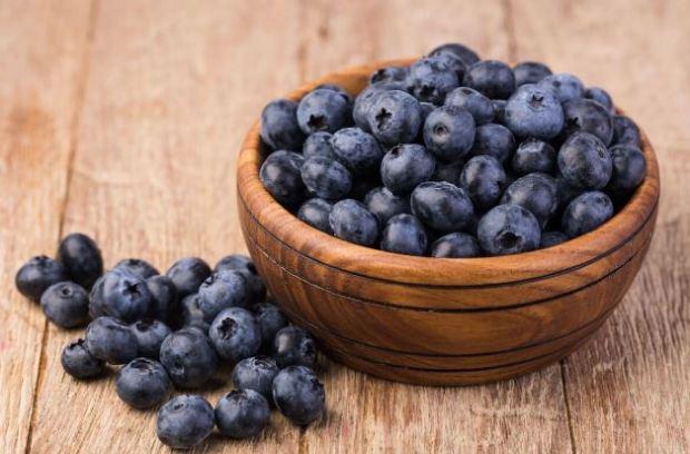 아침식사 습관에 좋고피부 노화에 좋은 블루베리