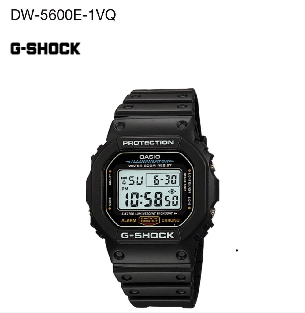 남자 시계 추천 브랜드로 카시오의 DW5600E 모델은 저렴하면서 튼튼해서 가성비 좋은 시계이다.
