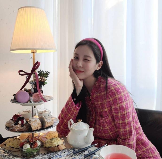 소녀시대 서현의 사랑스러운 머리띠 코디