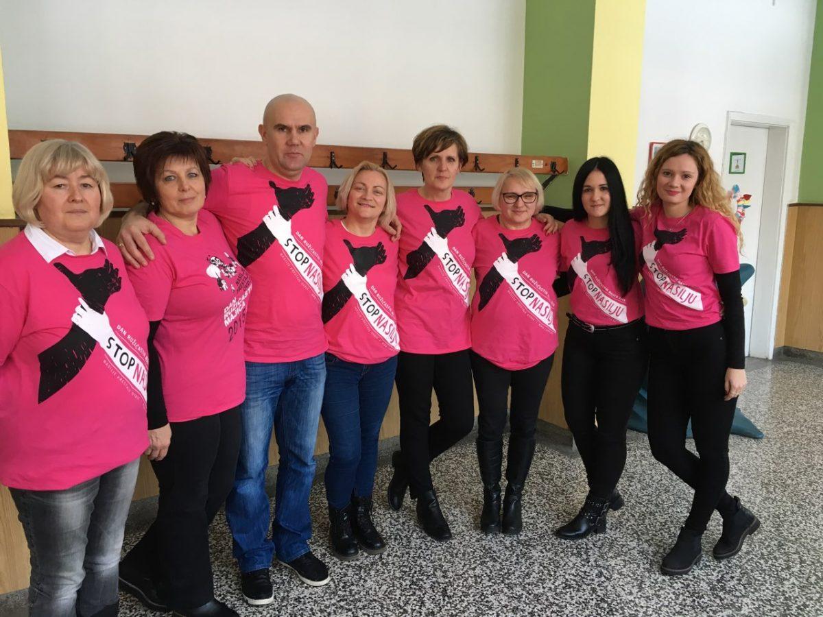 Dan ružičastih majica (3)