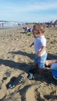 Eli telling that beach who's boss