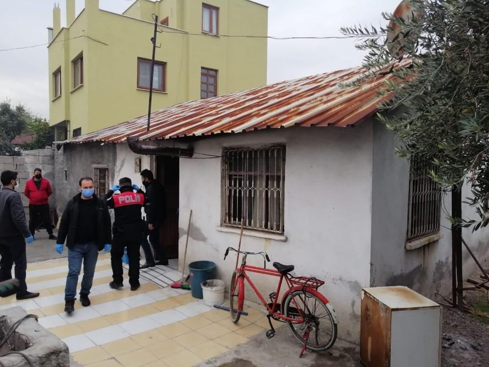 Osmaniye'de kumarhaneye çevrilen eve polis baskını