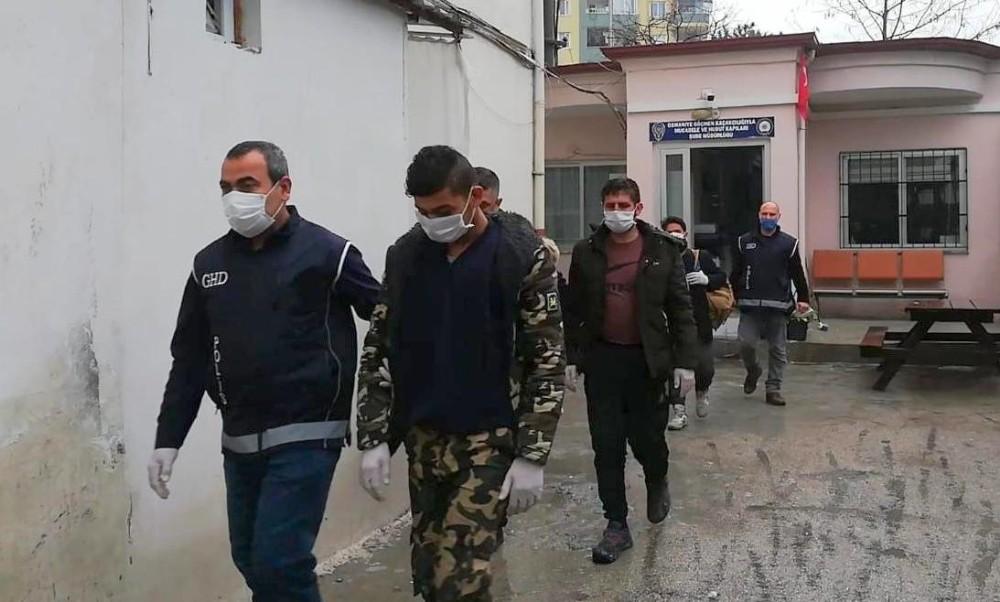 Osmaniye'de 3 Afgan mülteci yakalandı