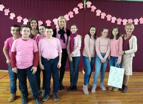 """Dan ružičastih majica u """"Jovanu Mikiću"""" u Subotici"""