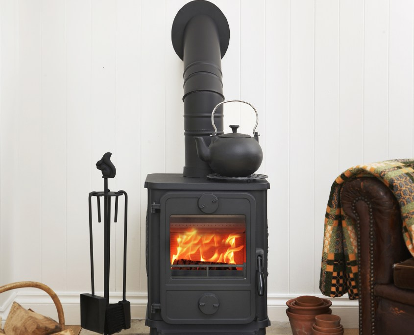 Morso 1412 multifuel burner in sitting room