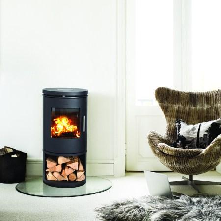 morso 6143 woodburning stove in modern interior