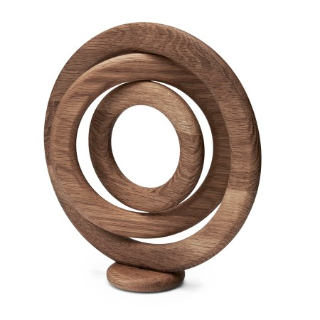 Morso Kit Oak Trivet on stand