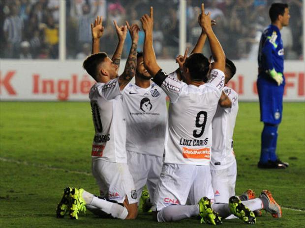 a31ff22718298 Técnico do Santos proíbe jogadores de falarem sobre religião e põe ...