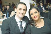 O diretor fiscal da Exata Contabilidade, Warllen Arpini, e sua esposa Usleide Pedruzzi, no evento do Destaque Empresarial