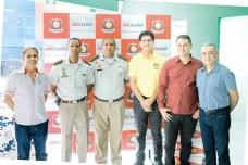 O empresário e proprietário da Eunamicro, Durval Neto, seus convidados e parceiros no evento de lançamento da marca Hikvision, em Eunápolis