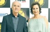 Os proprietários da Ceolin Automóveis, José Dadalto, e Ednéia Ceolin, no evento do destaque empresarial de Teixeira de Freitas