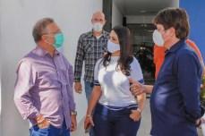 prefeita claudia participa de reuniao virtual com governador (4)