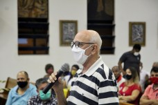 diocese teixeira de freitas encontro prefeitos vice candidatos vereadores fe politica extremo sul bahia dom jailton alcobaca medeiros neto mucuri itamaraju (74)