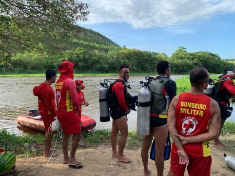 18 GBM Teixeira de Freitas treinamento combate a incendio atividades de mergulho autonomo resgate extremo sul da bahia (14)