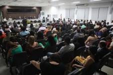 Convidados preencheram grande parte das cadeiras do plenário