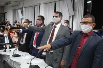 posse prefeito vice vereadores camara municipal prefeitura de teixeira de freitas presidente da mesa diretora (53)