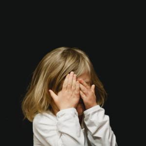 photo 1483193722442 5422d99849bc - Dziecko z mutyzmem wybiórczym - szkolenie online - 31.05.2021
