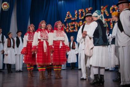 cjelovecernji-folklorni-koncert-odraslih-skupina-140