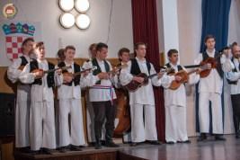 cjelovecernji-folklorni-koncert-odraslih-skupina-73