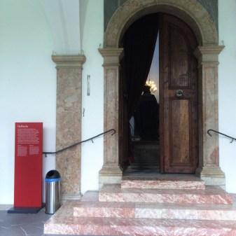 6. Hofkirche (1)