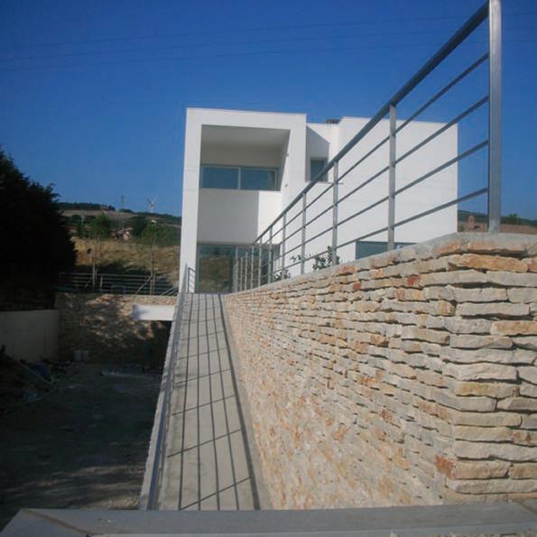 La casa bianca ad Orsara di Puglia  Osservatorio di Pietra