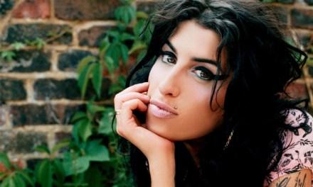 Por 3,2 millones de dólares subastan casa de Amy Winehouse