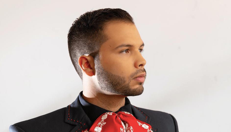 Leonardo Aguilar presenta «Tu méndigo recuerdo»