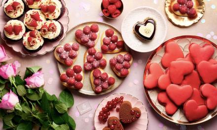 Emirates celebra a los enamorados: servirá 40 postres únicos en vísperas de San Valentín