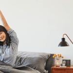 Funciones de Fitbit que te cuidan sin salir de casa